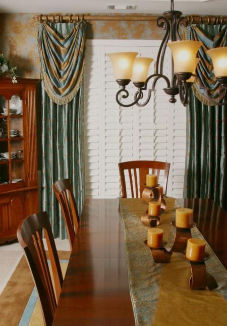 dining room custom drapery