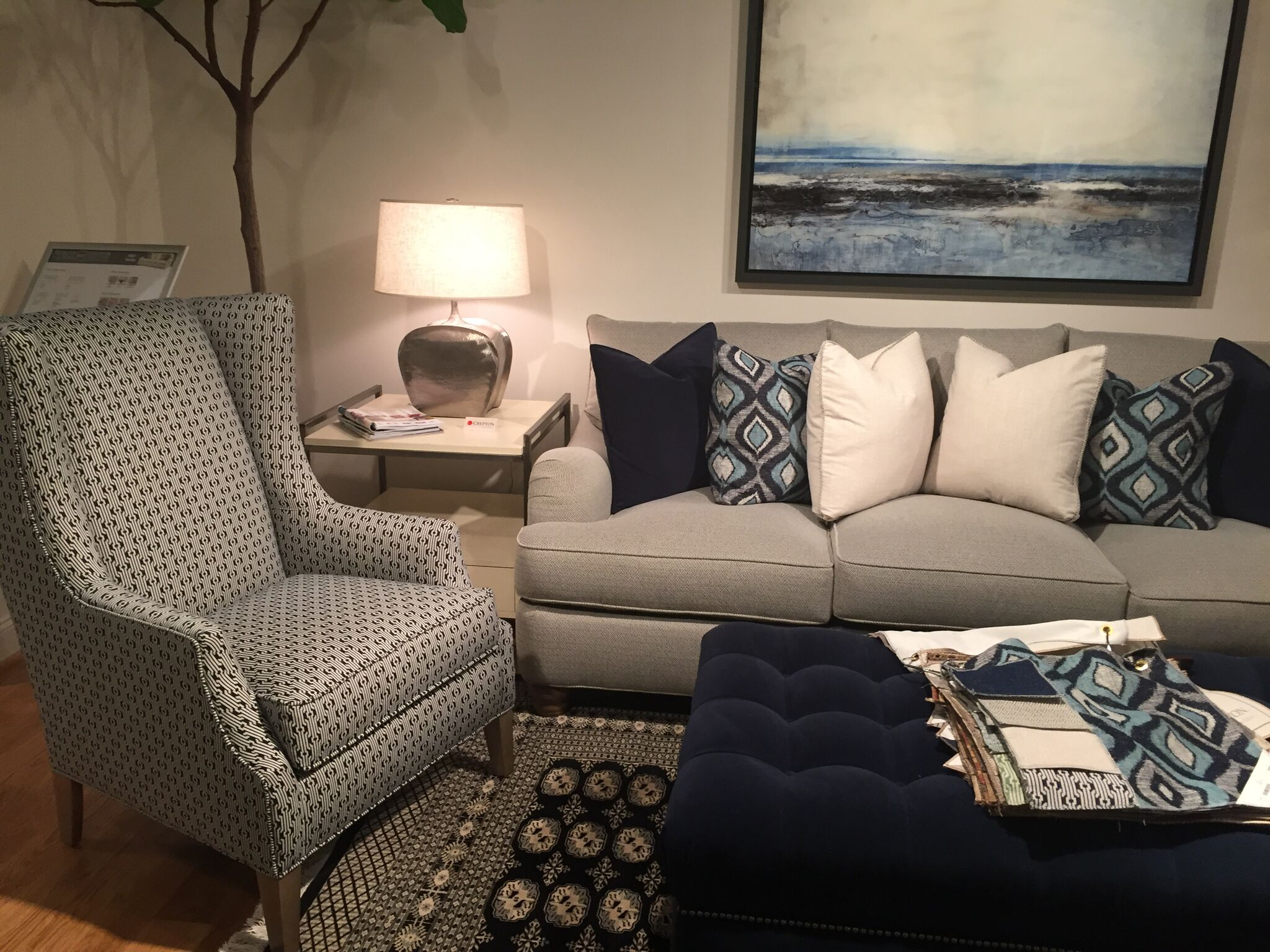 navy blue interior design trend