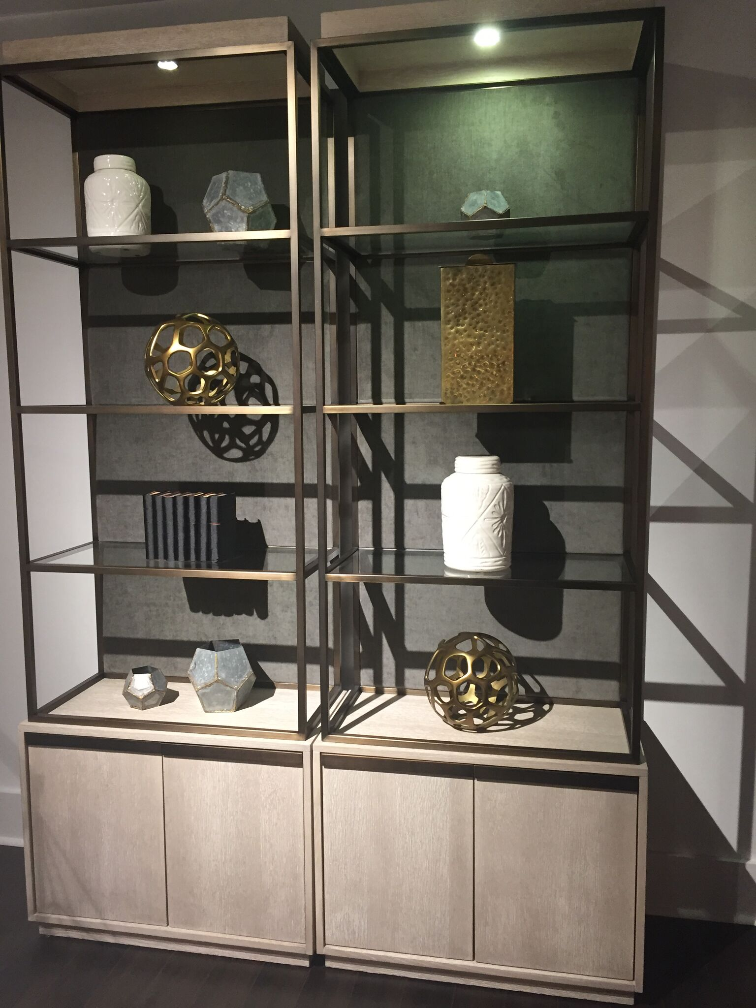 brass and wood interior design trends